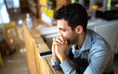 4 tips for better frontline worker crisis communication